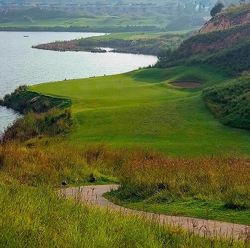 hole-11-green-ebotes-links